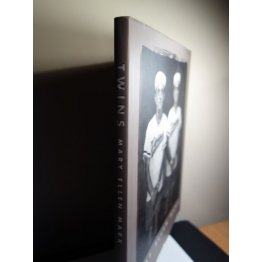 Mary Ellen Mark - Twins, Aperture Monograph, Hardcover