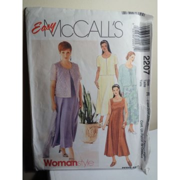 McCalls Sewing Pattern 2207