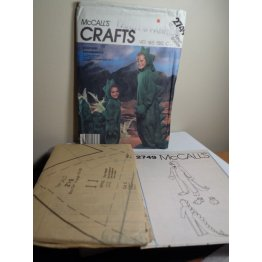 McCalls Sewing Pattern 2749