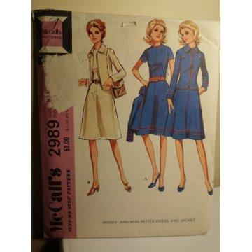 McCalls Sewing Pattern 2989