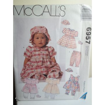 McCalls Sewing Pattern 6957