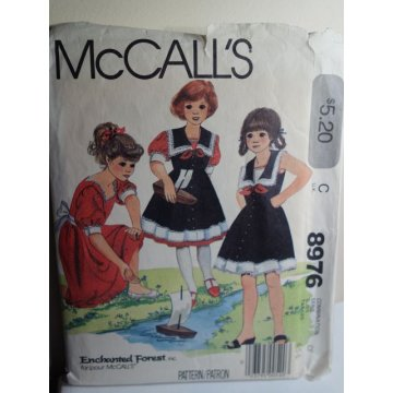 McCalls Sewing Pattern 8976