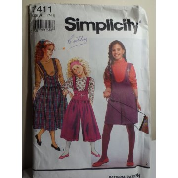 Simplicity Sewing Pattern 7411