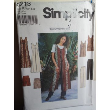 Simplicity Sewing Pattern 8213