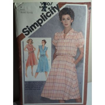 Simplicity Sewing Pattern 9867