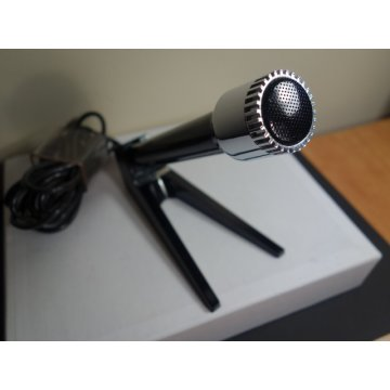 GRUNDIG 313 Microphone and stand with original Box.