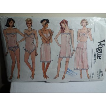 VOGUE Sewing Pattern 9765