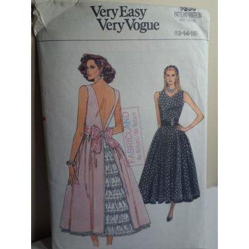 VOGUE Sewing Pattern 9930
